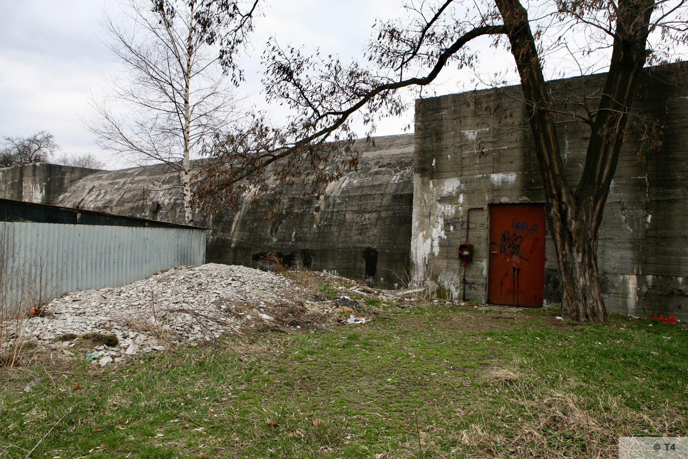 Air raid bunker between the Trzebinia sub camp and the civilian housing estate. 2006 T4 6312