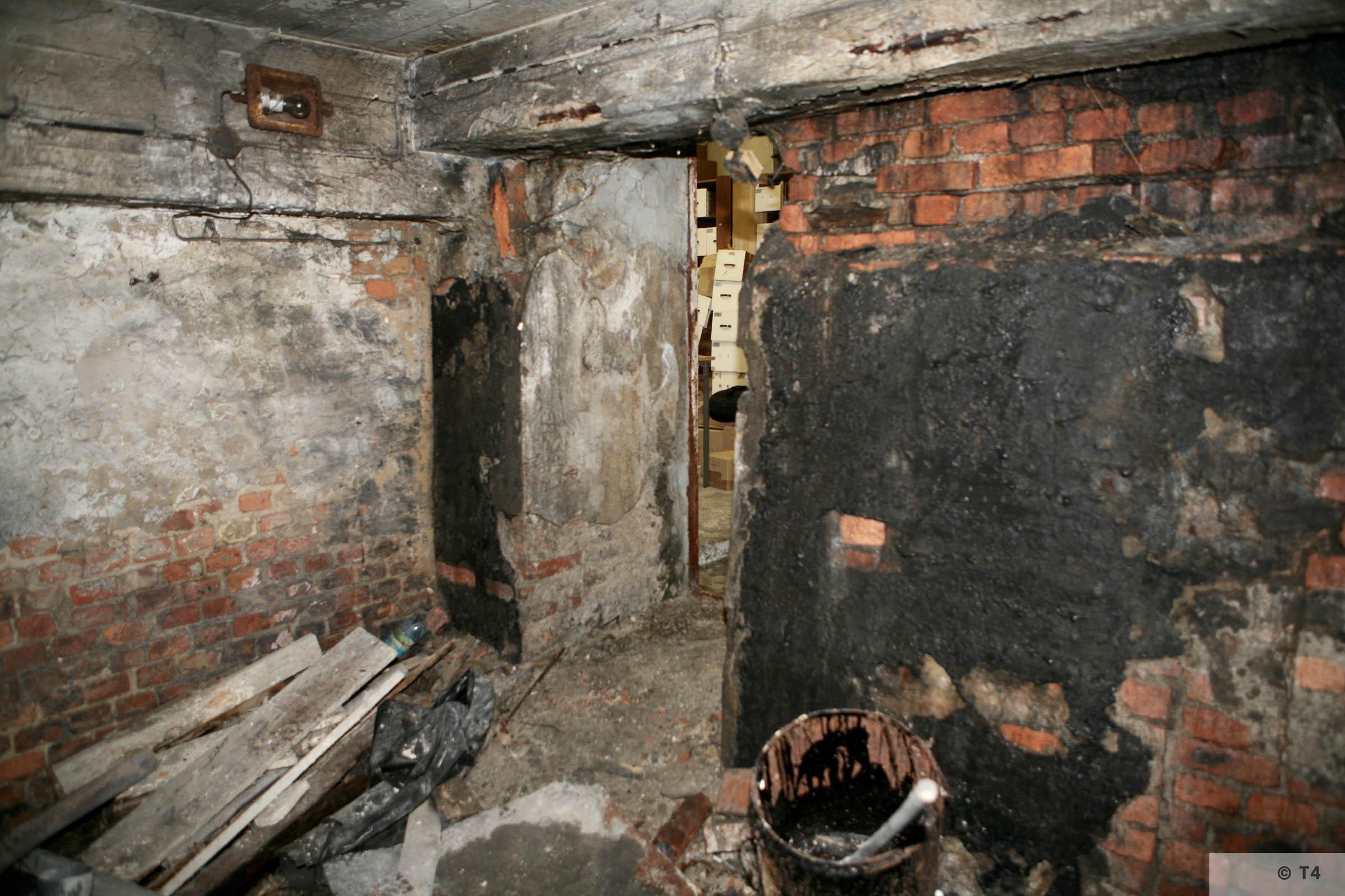Air raid bunker exit. 2006 T4 3815