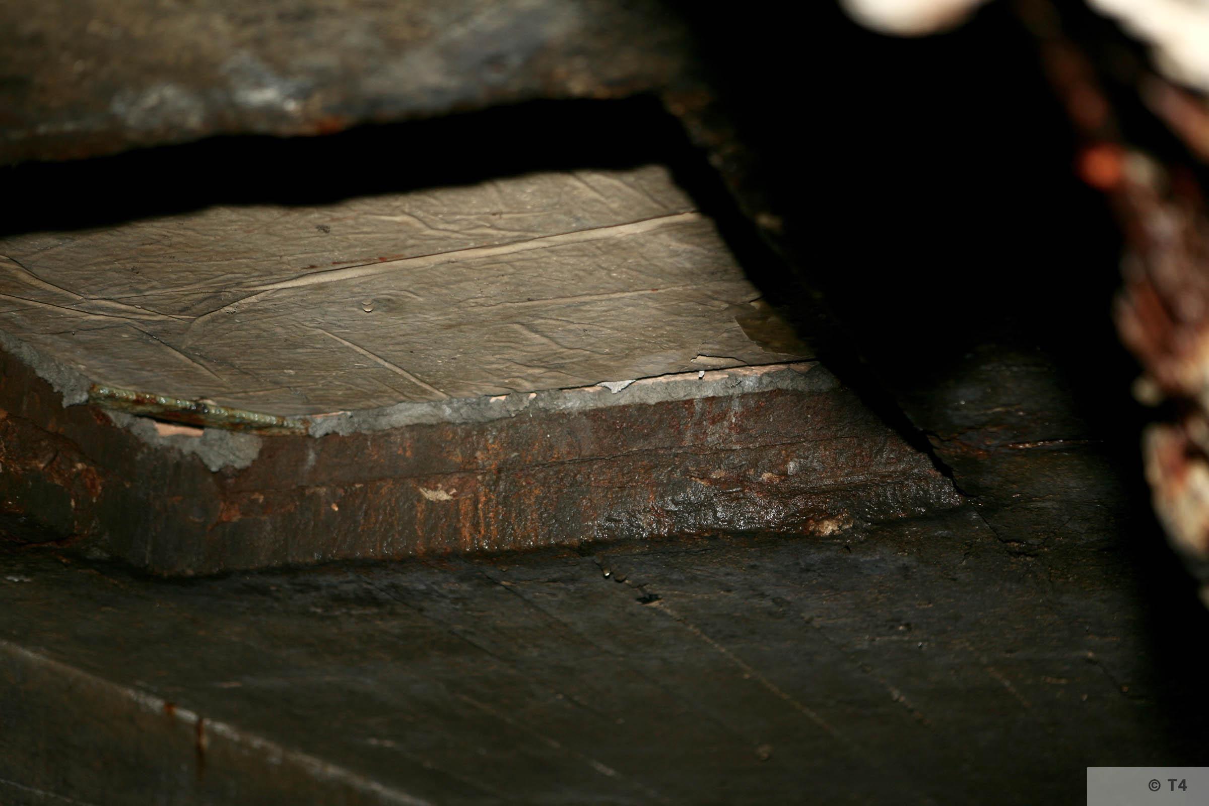Air raid bunker roof. 2006 T4 3803