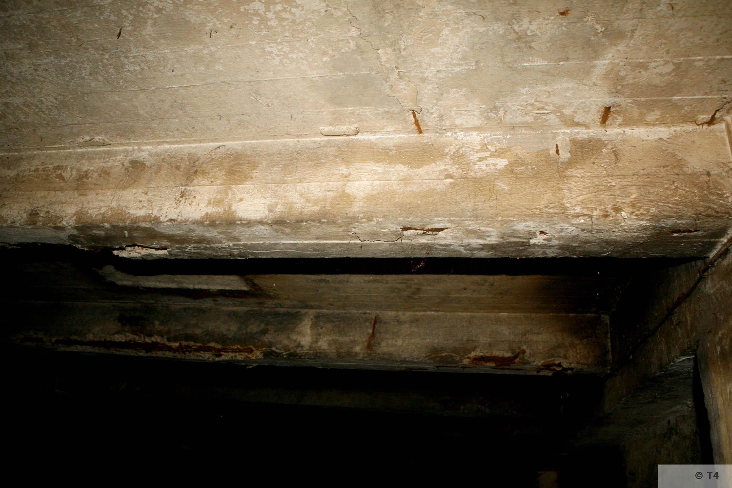 Air raid bunker. 2006 T4 3763
