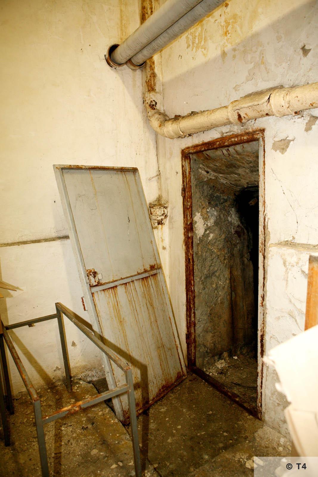 Air raid bunker. 2006 T4 3768