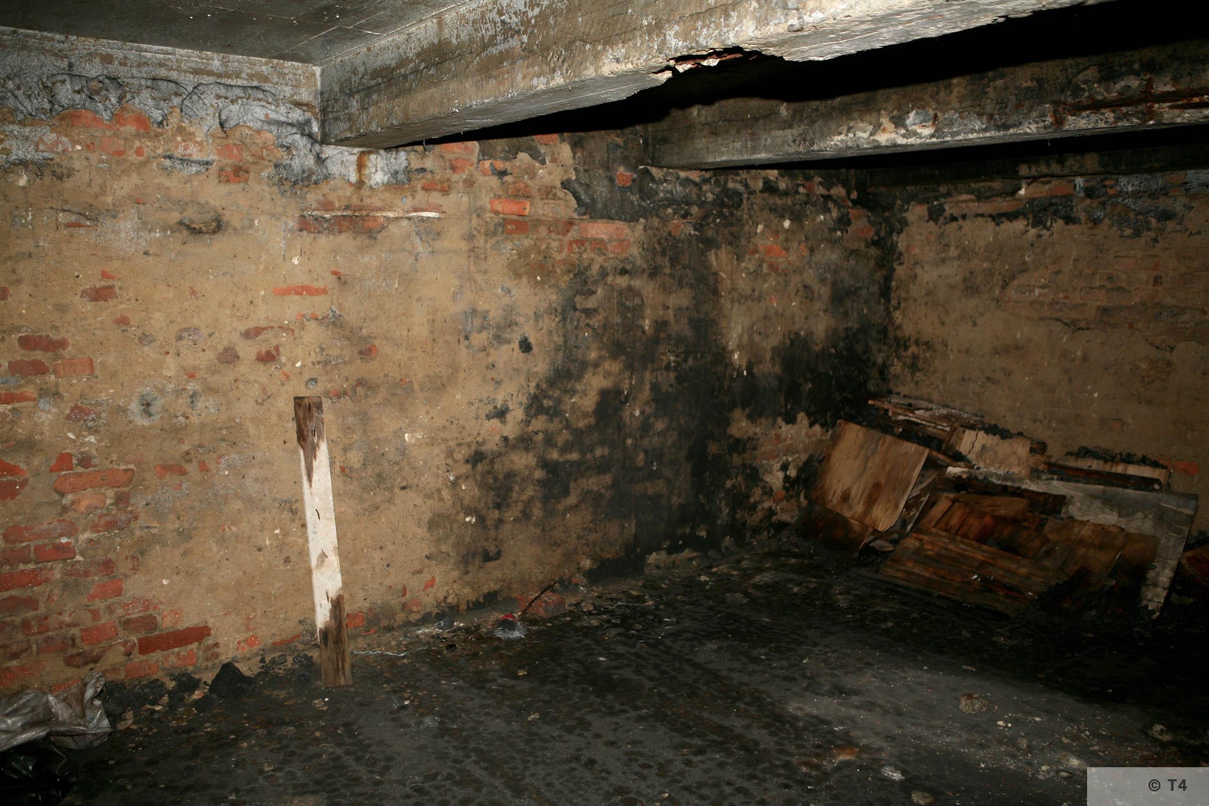 Air raid bunker. 2006 T4 3854