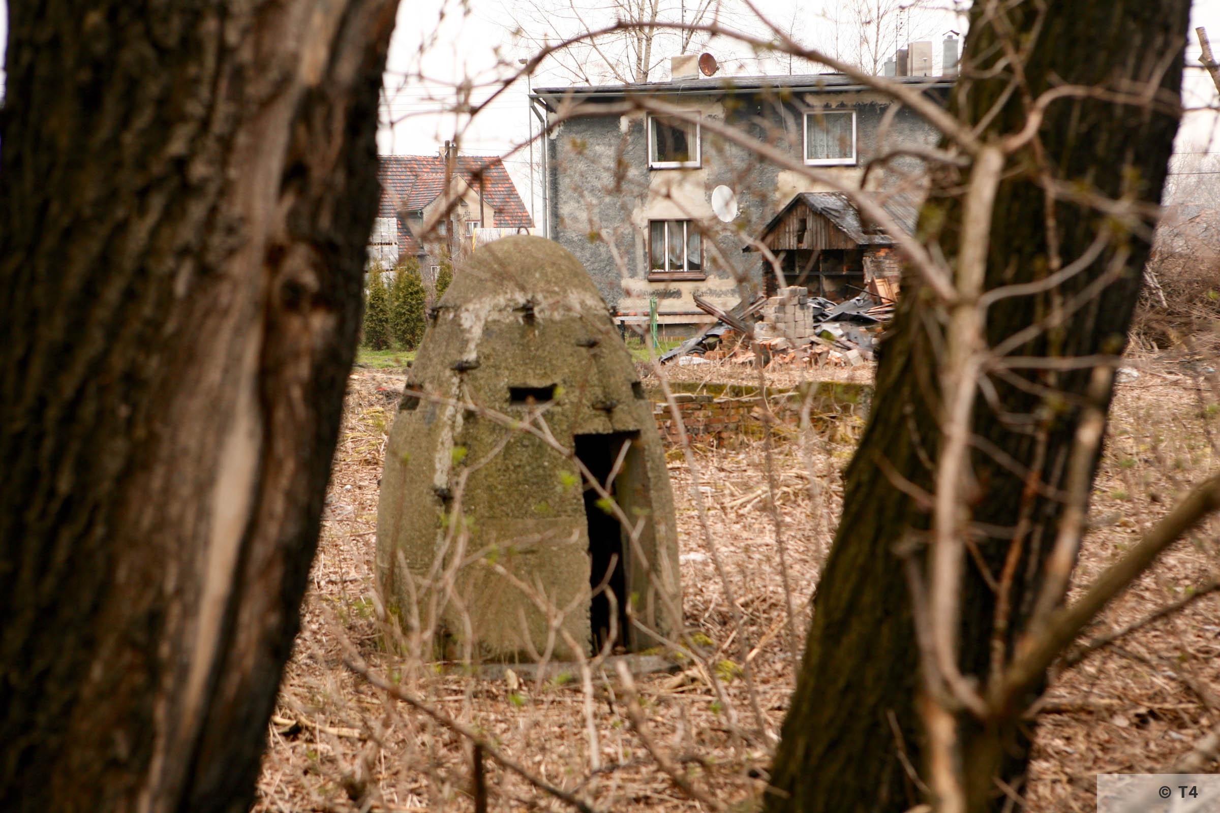 Air raid bunker. 2007 T4 5073