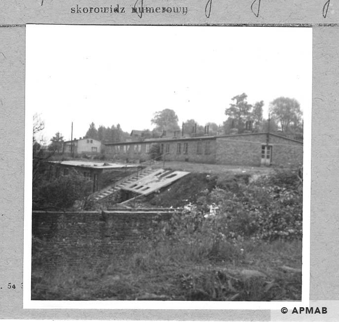 Annarampe water basin and barrack for prisoners. 1966 APMAB 9781