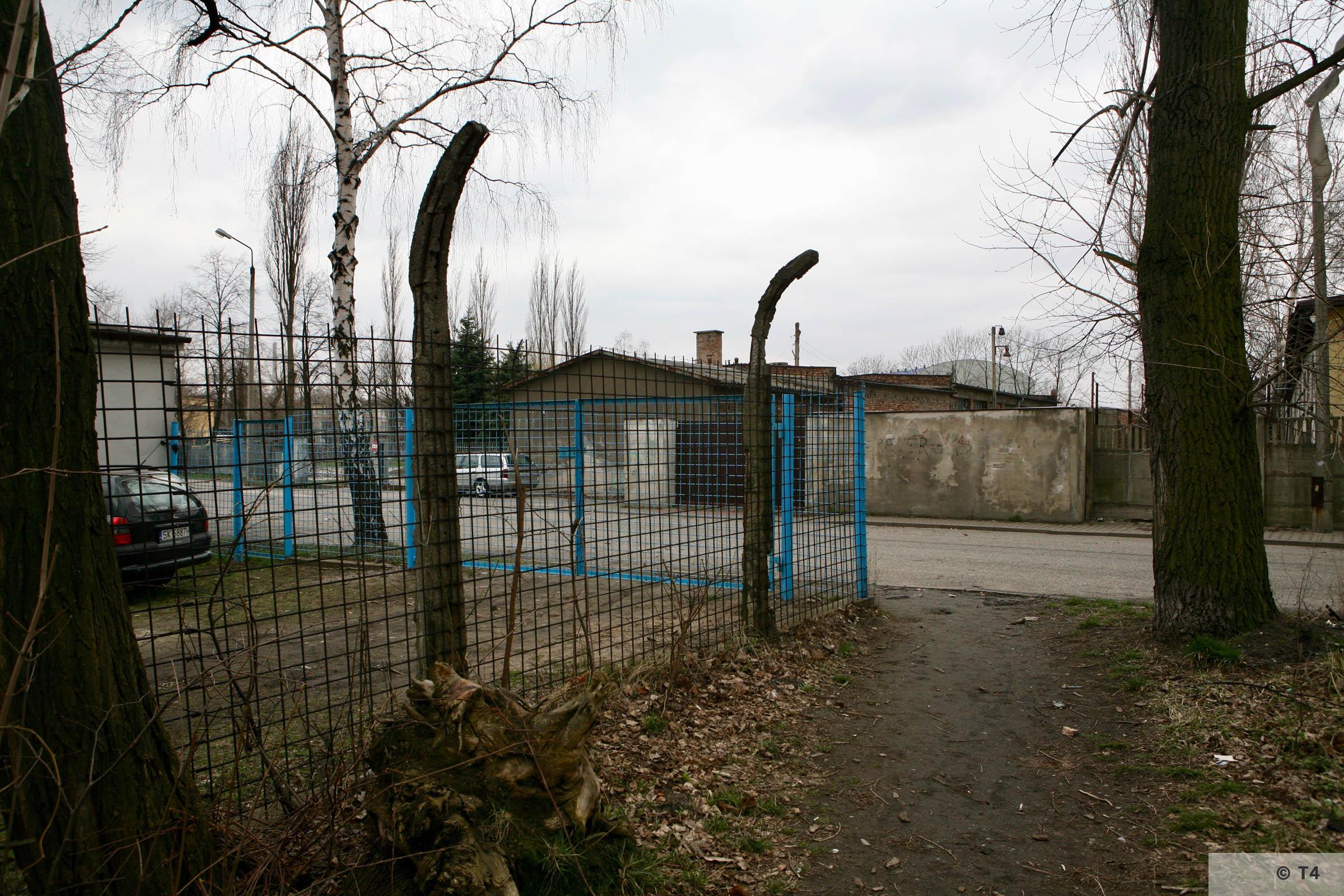 Area of main entrance gate. 2007 T4 6174