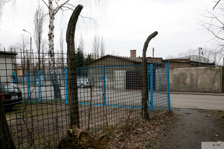 Area of main entrance gate. 2007 T4 6175