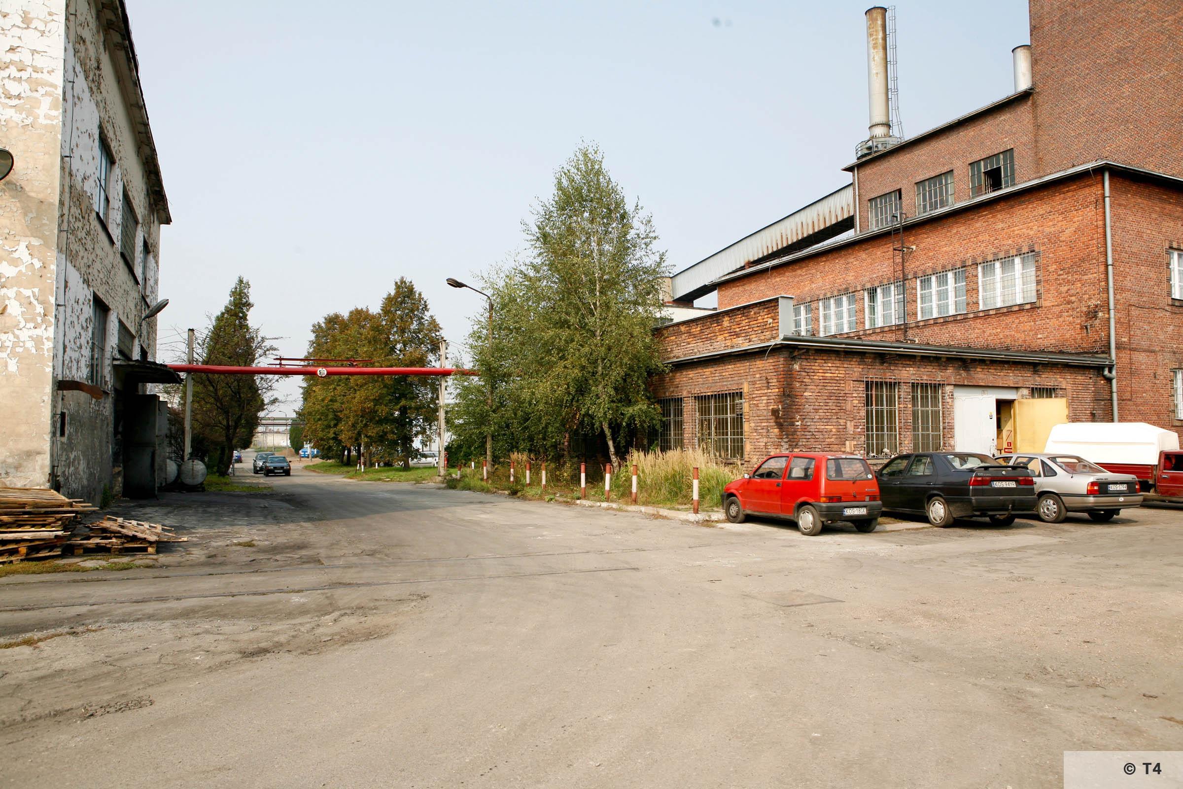 Bata factory. 2006 T4 1635