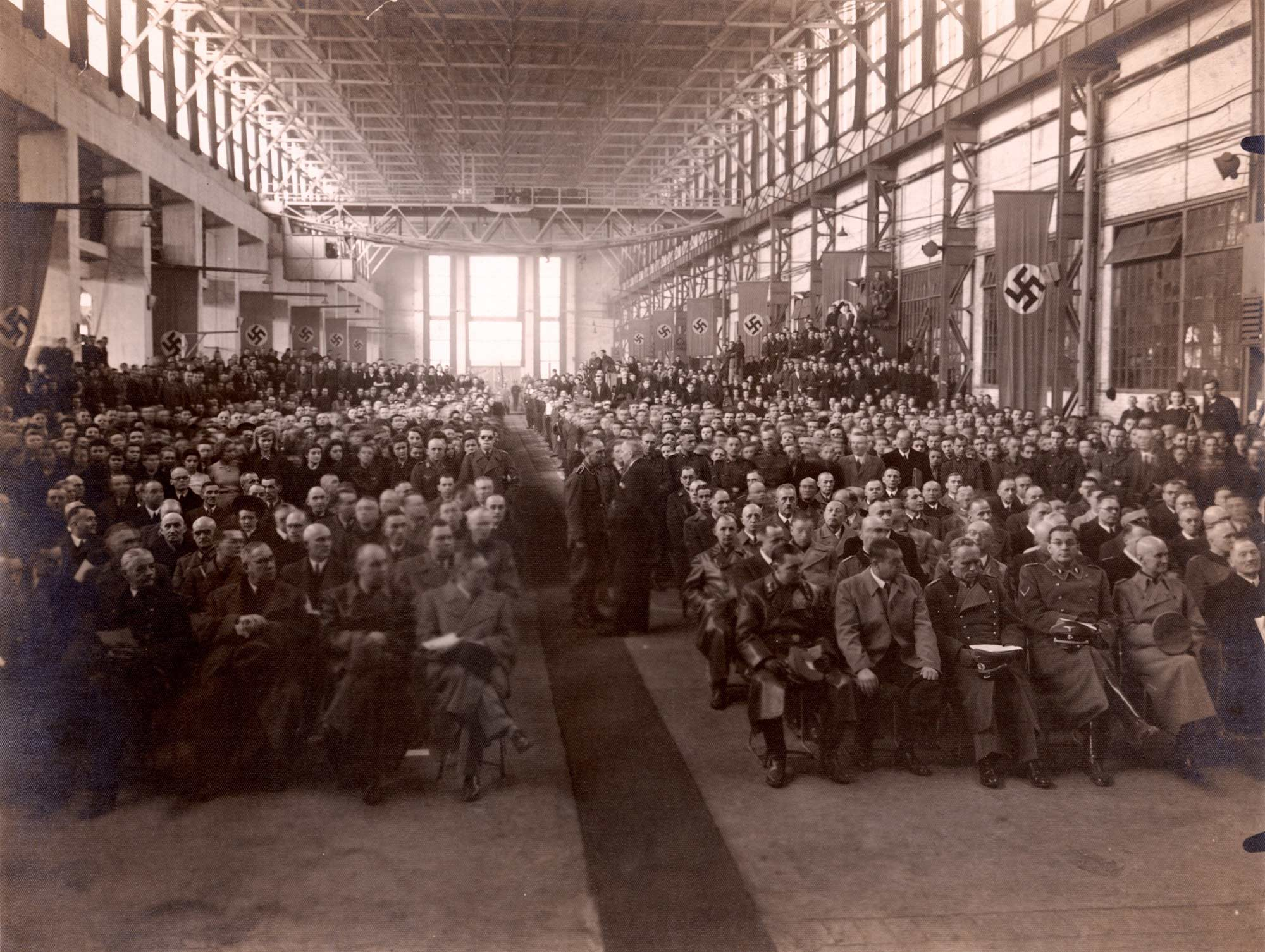 Berghütte steel plant in Silesia celebratory day. 1940-1945. Archivum Panstwowe w Katowicach Land