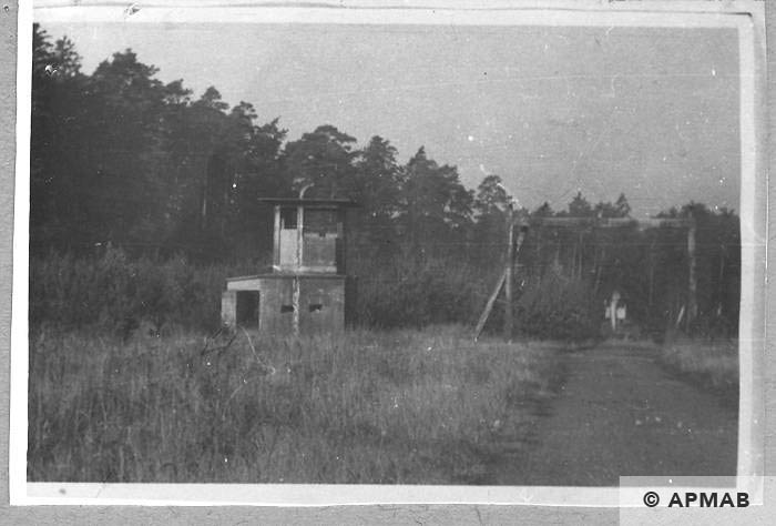Blechhammer main gate with guardhouse. 1957 APMAB 4353