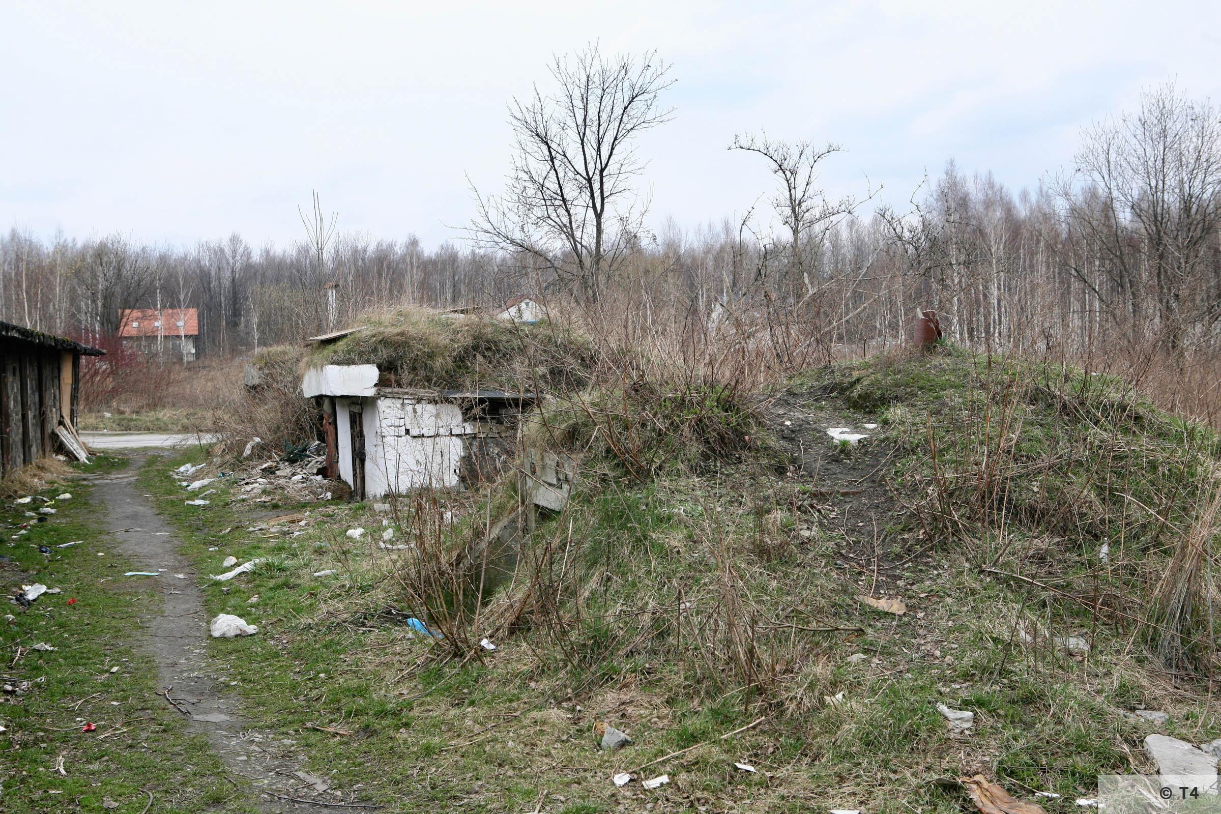 Brick bunker in former sub camp Lagischa. 2007 T4 4322