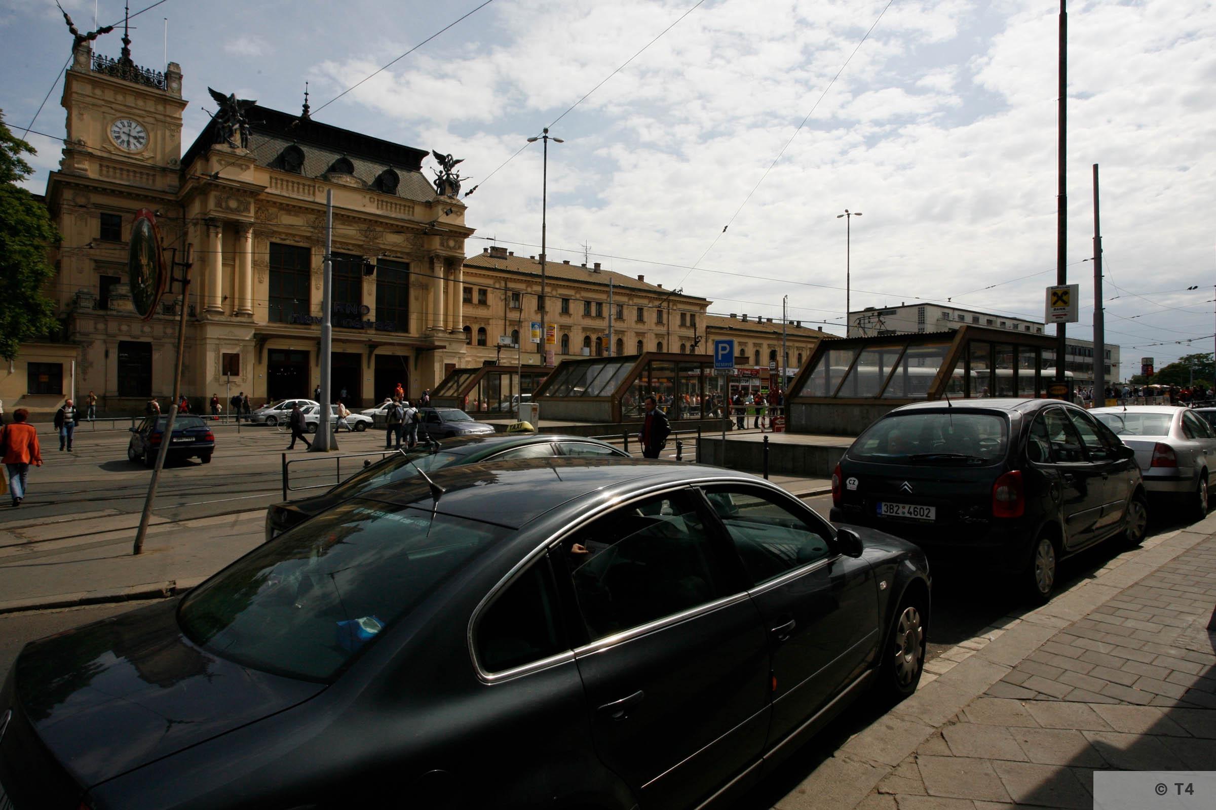 Brno railway station 2006 T4 5776