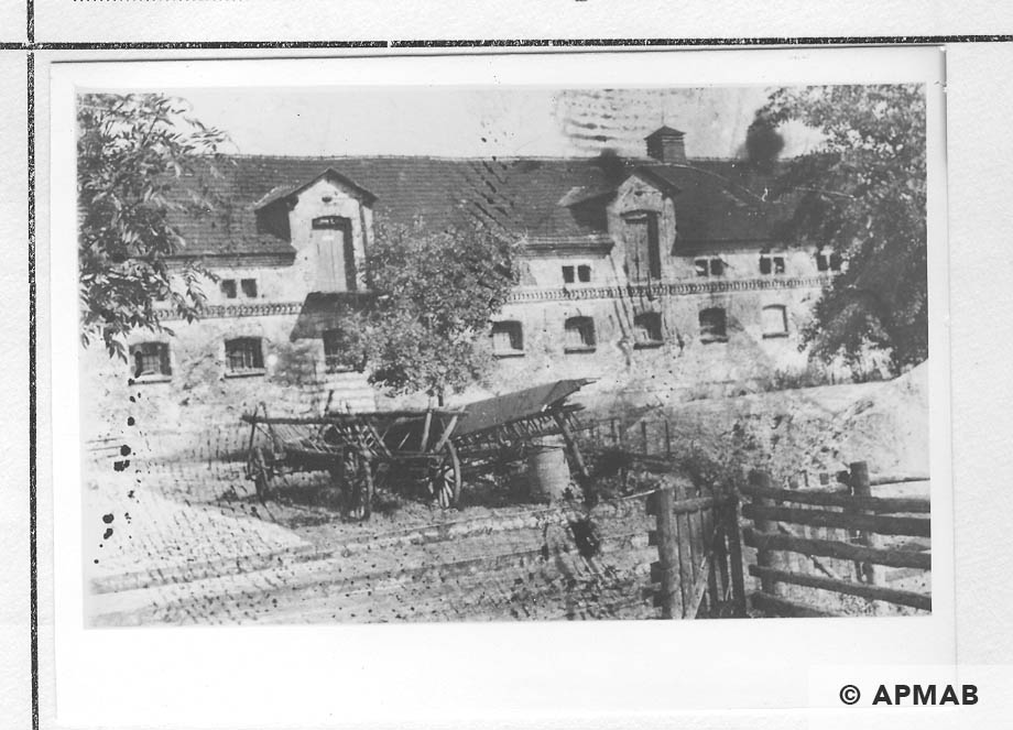 Building for prisoners where about 100 Jews were burnt. 1959 APMAB 22268 4