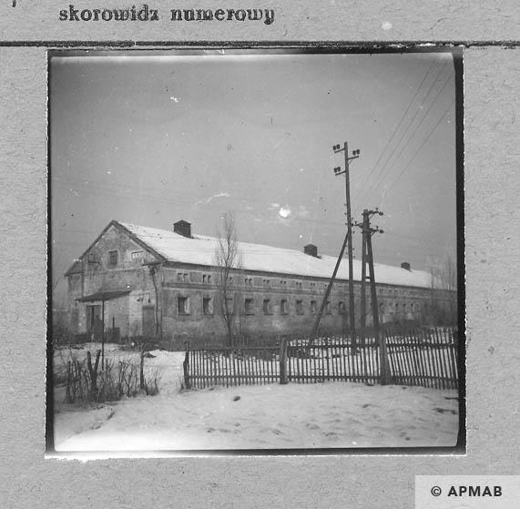 Building for prisoners. 1959 APMAB 4366