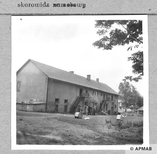 Building for prisoners. 1959 APMAB 4370