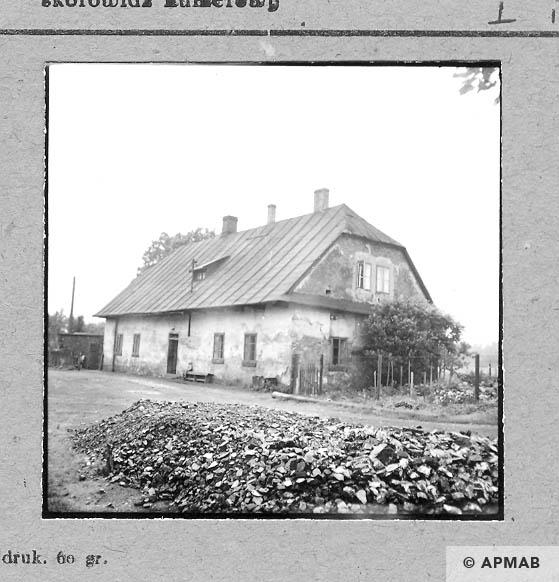 Building for prisoners. 1959 APMAB 6479
