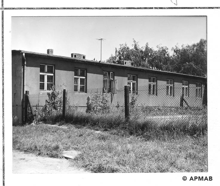 Building in the camp area. 1968 APMAB 14342