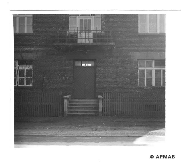 Building of Hygiene Institut der Waffen SS in Auschwitz. 1968 APMAB 15473
