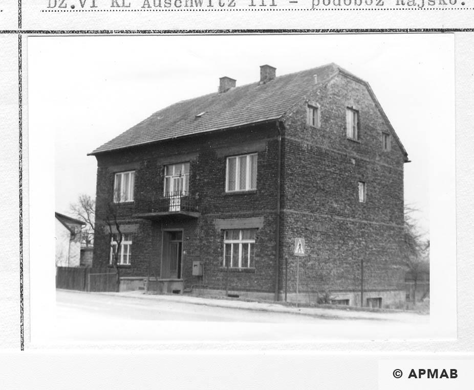 Building of Hygiene Institut der Waffen SS in Auschwitz. 1993 APMAB 21748 1