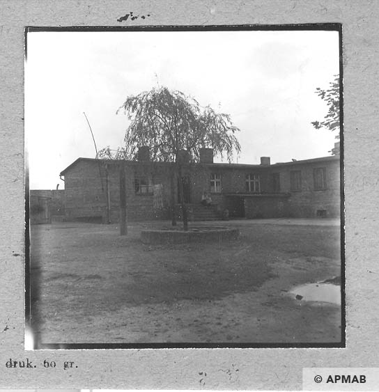 Building of laundry and storage. 1963 APMAB 5679