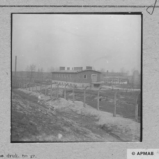 Building of the Wascherei and the cells for prisoners. 1959 APMAB 6466