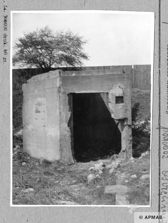 Bunker. 1962 APMAB 922