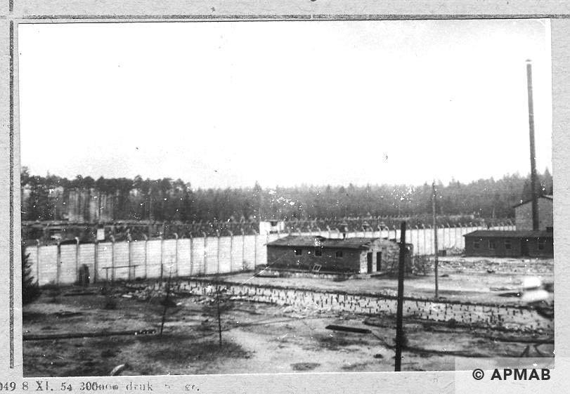 Concrete fence. 1946 APMAB 10768