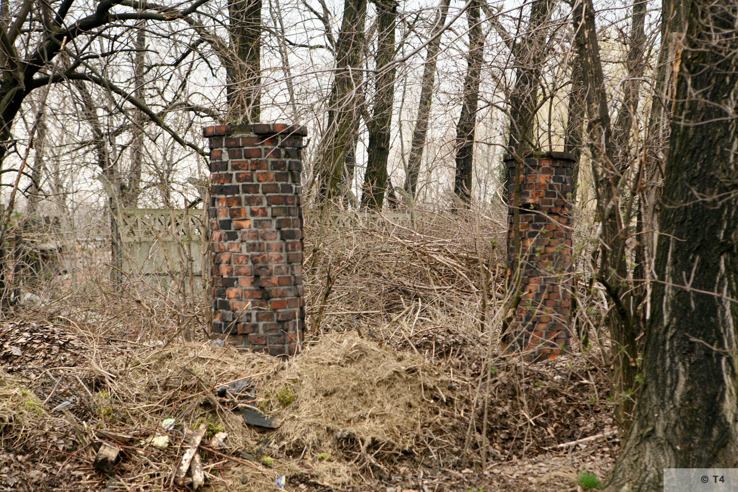 Entrance gate from the former SS camp to the sub camp Gleiwitz II. 2007 T4 5067