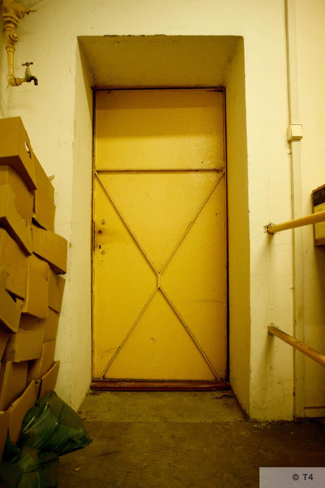 Entrance to air raid bunker. 2006 T4 3877