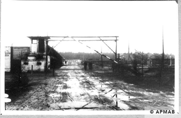 Fence and guardhouse. 1946 APMAB 10766