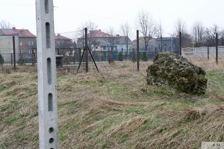 Fenced off sewage plant Babice village. 2007 T4 3732