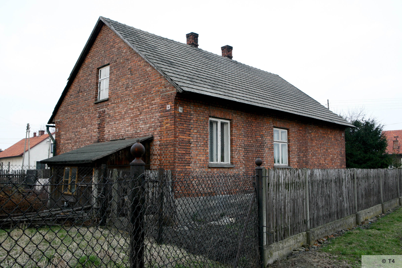 Former Building of the Hygiene Institut der Waffen SS. 2007 T4 3541
