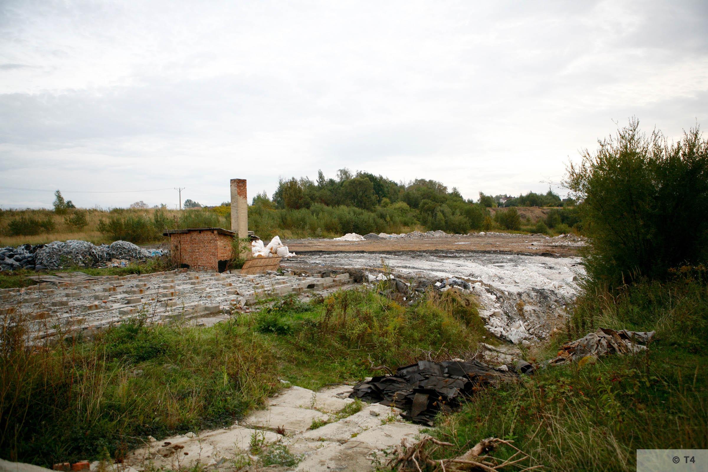 Former Hercer brickyard. 2006 T4 3621