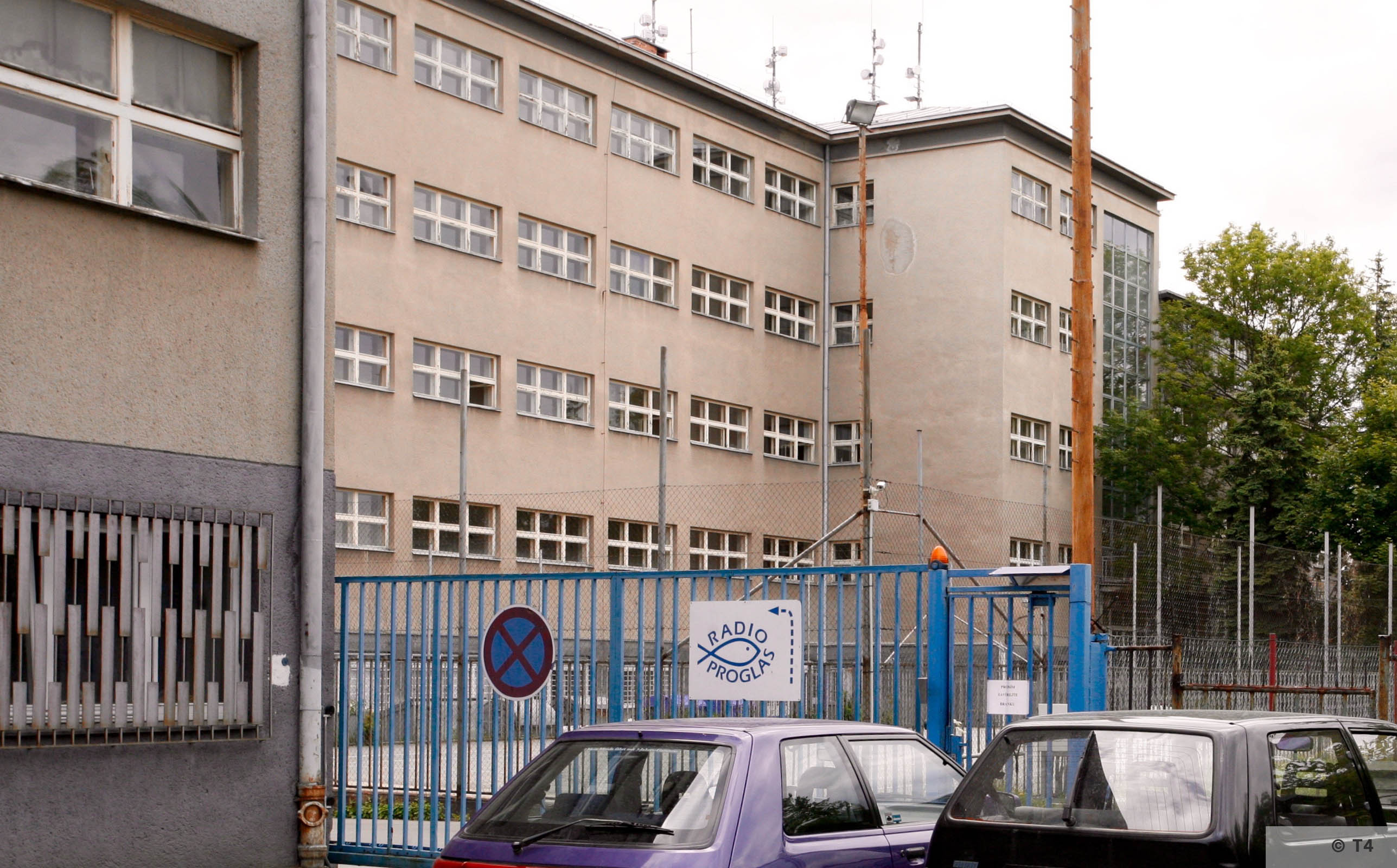 Former SS Technical Academy now a radio station. 2006 T4 5785