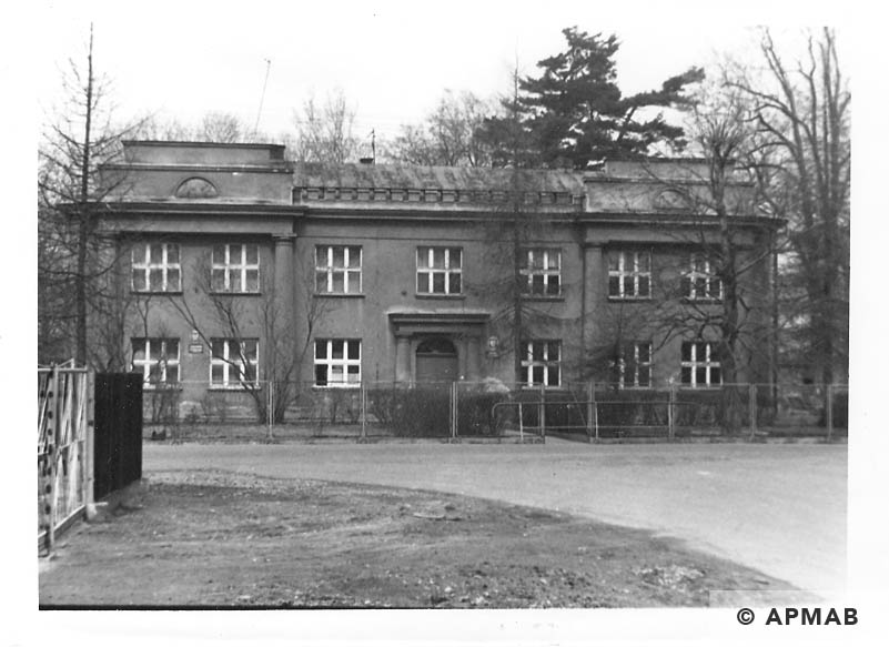 Former Zwilling villa where originally lived male prisoners later female prisoners.1993 APMAB 21746 3