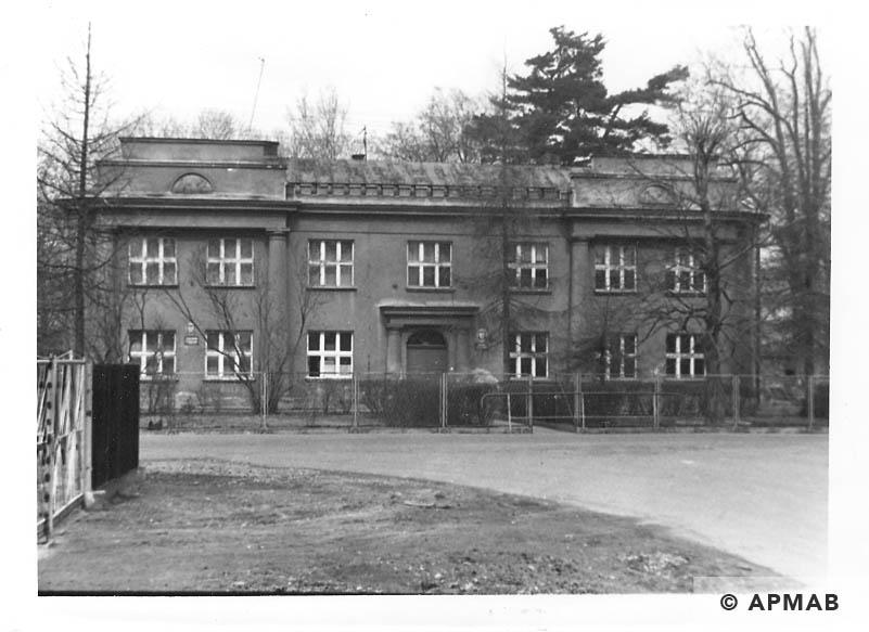 Former Zwilling villa where originally lived male prisoners later female prisoners.1993 APMAB 21746 3