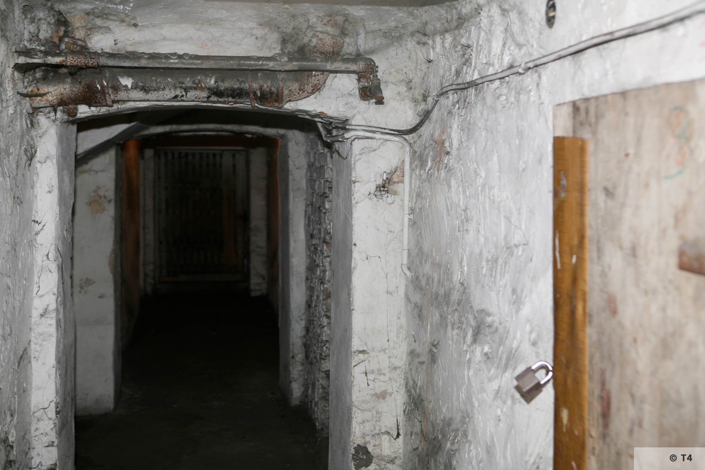 Former cells in the basement of the amdinistration building and prisoner accomodation. 2008 T4 4551