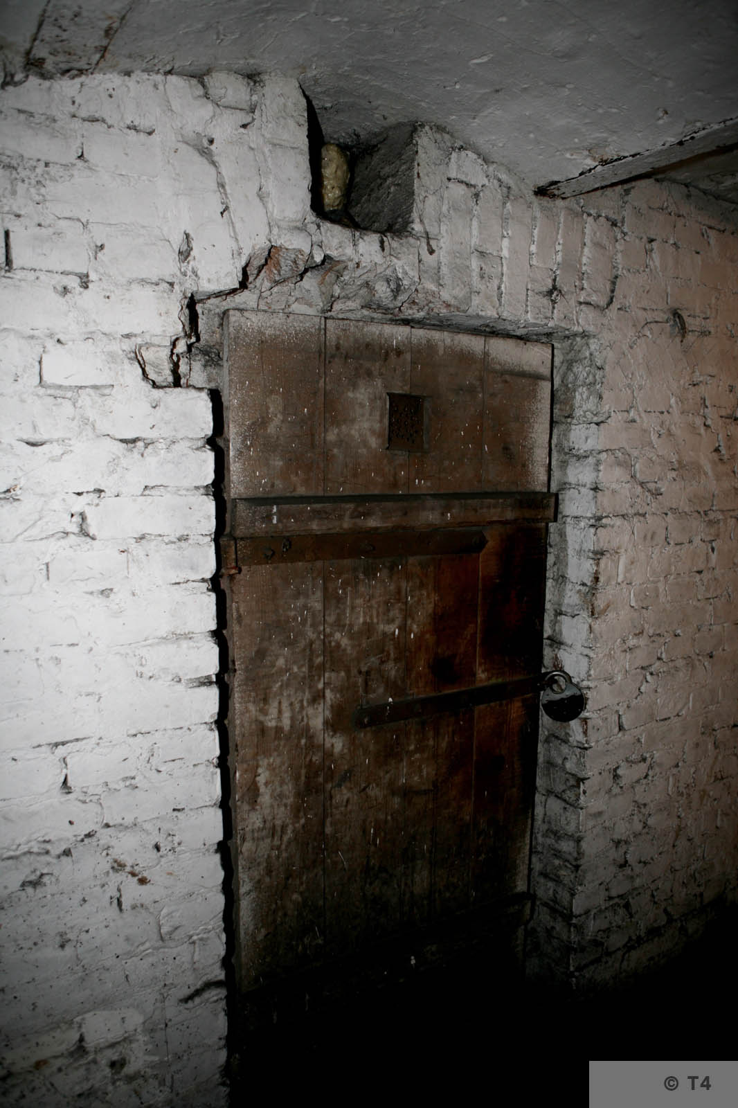 Former cells in the basement of the amdinistration building and prisoner accomodation. 2008 T4 4558