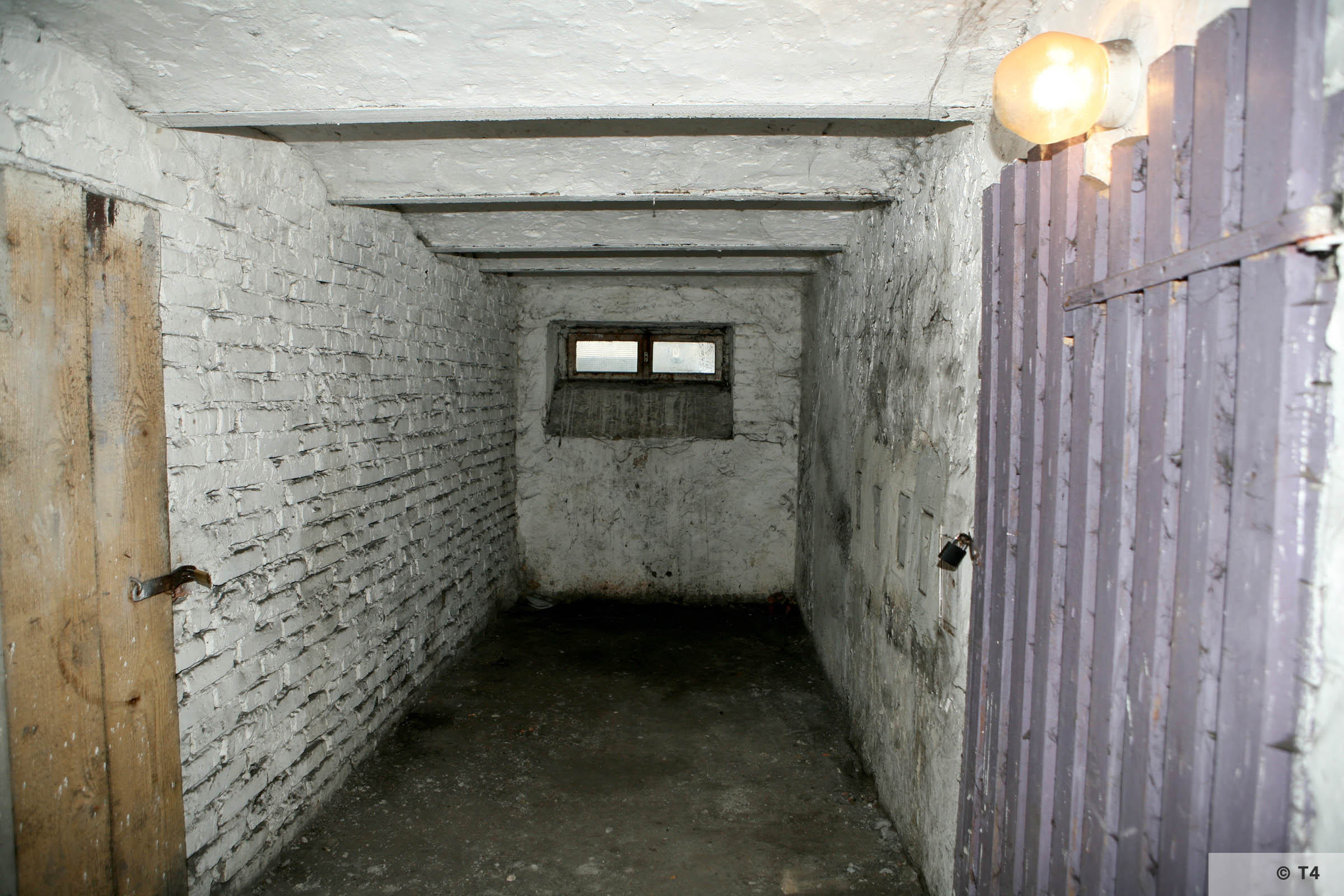 Former cells in the basement of the amdinistration building and prisoner accomodation. 2008 T4 4572