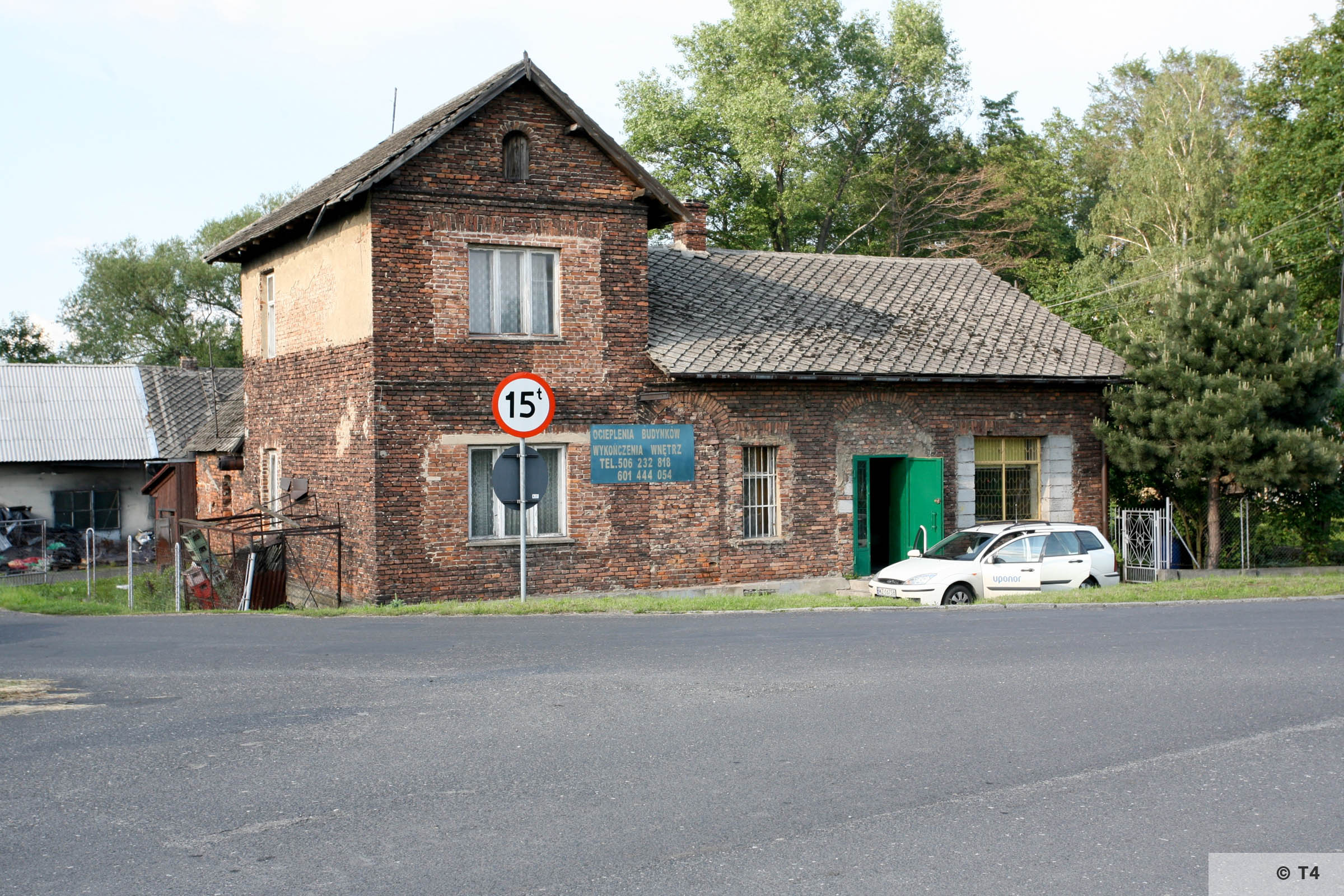 Former house of Psota family used as smokehouse and where prisoners from Fischerei Komamndo lived from June 1942. 2006 T4 5088