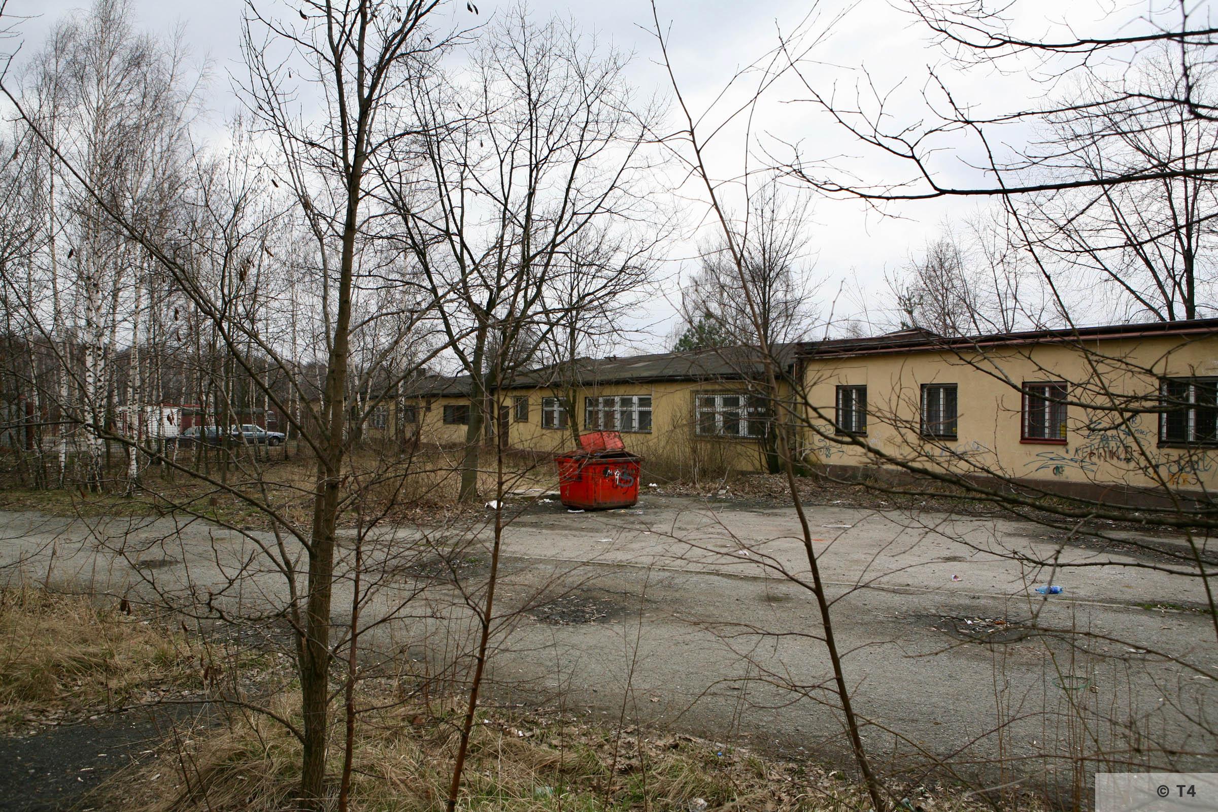 Former prisoner barrack. 2007 T4 6245