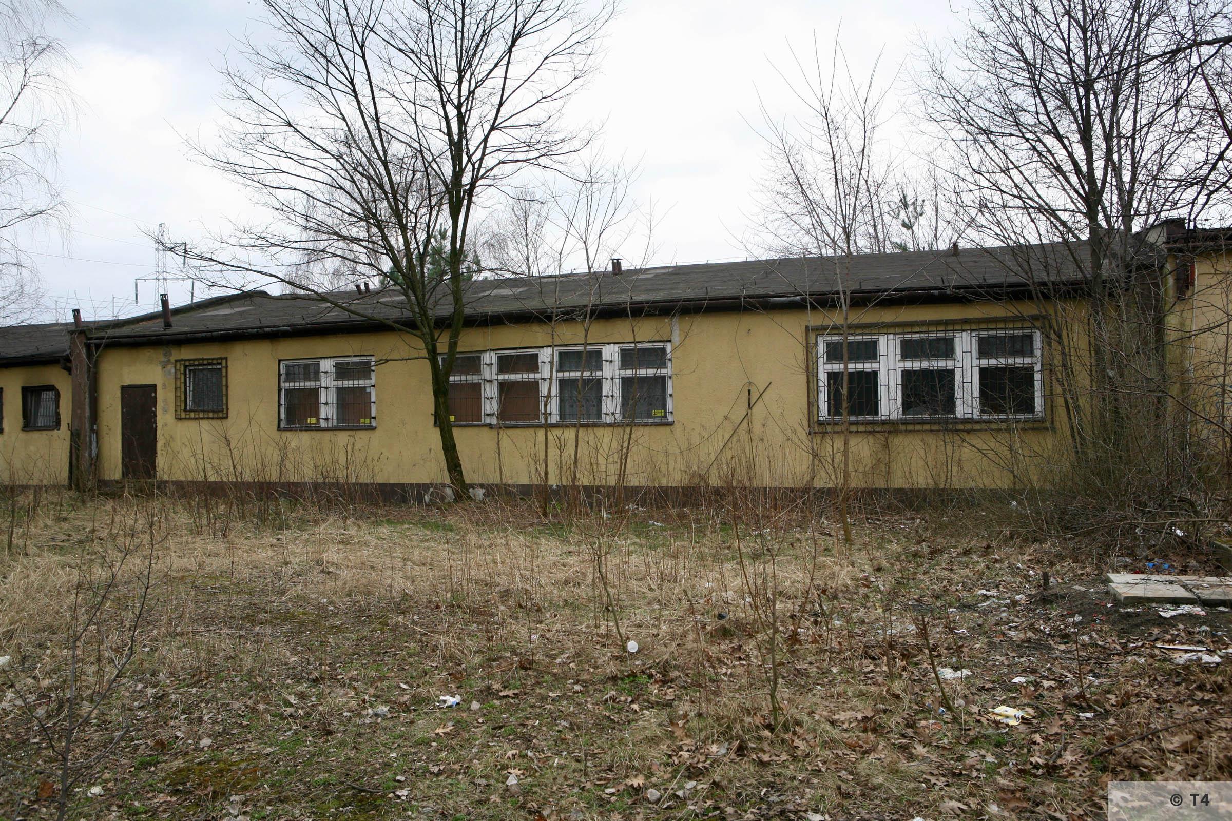 Former prisoner barrack. 2007 T4 6250