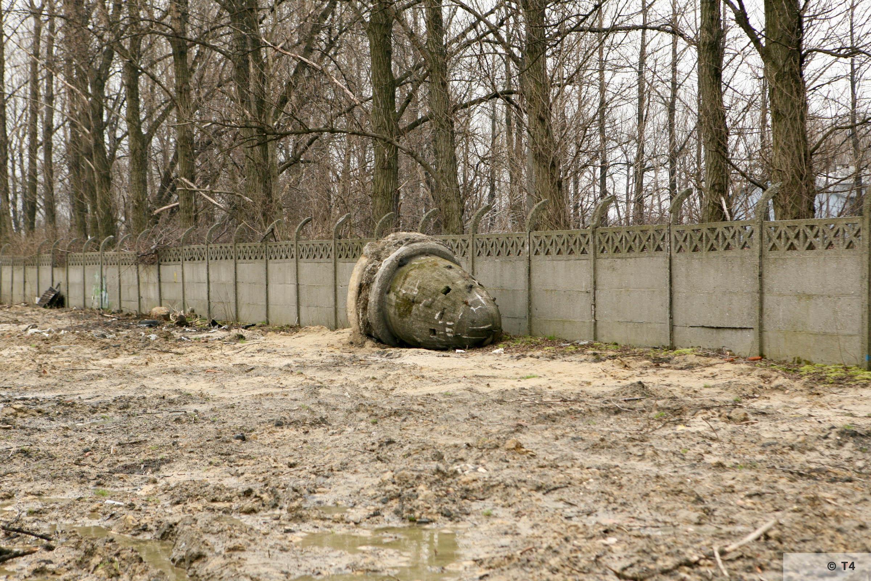 Former sub camp area Gleiwitz II. 2007 T4 5055