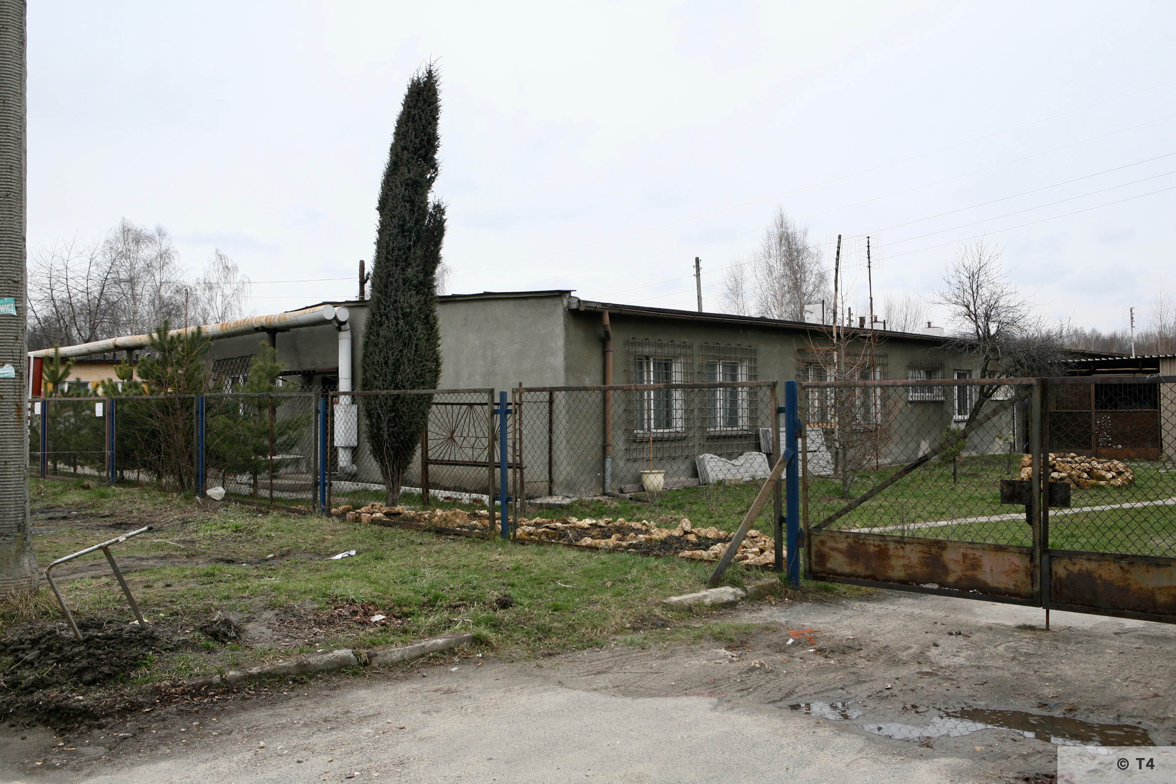 Former sub camp barracks. 2007 T4 4311