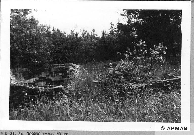 Foundations of unknown camp building.1965 APMAB 8783