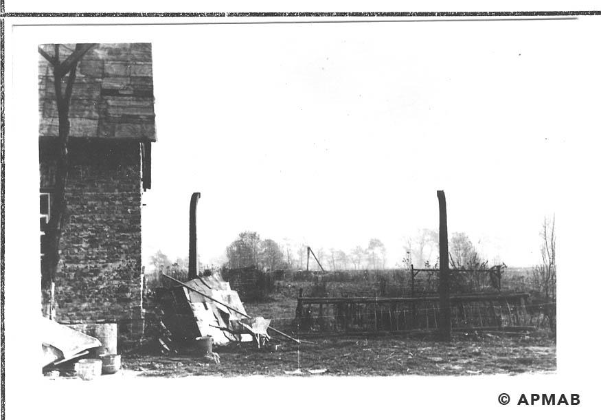 Fragment of sub camp fence. 1955 APMAB 22273 12
