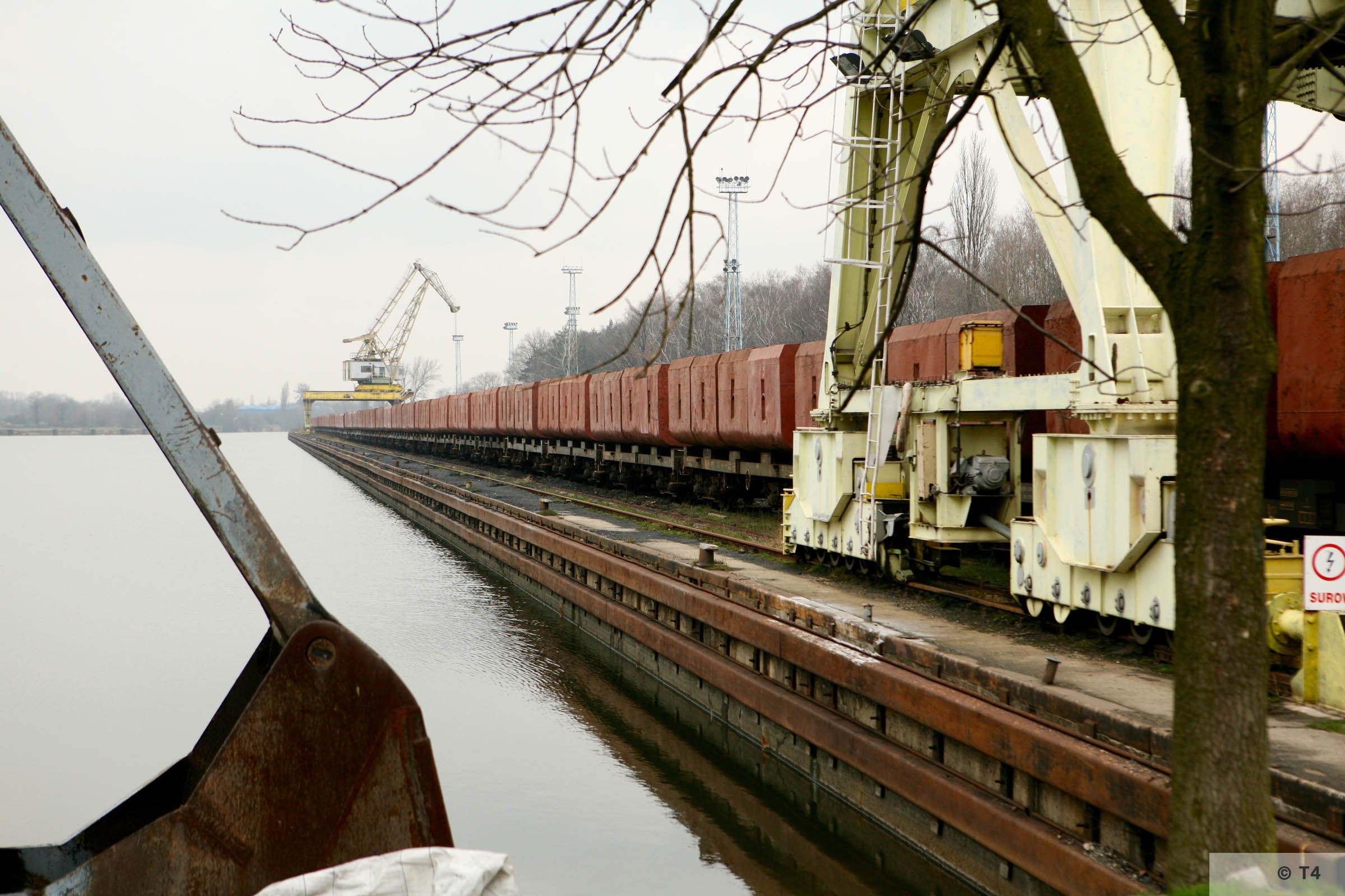 Gliwice canal and harbour. 2007 T4 4999