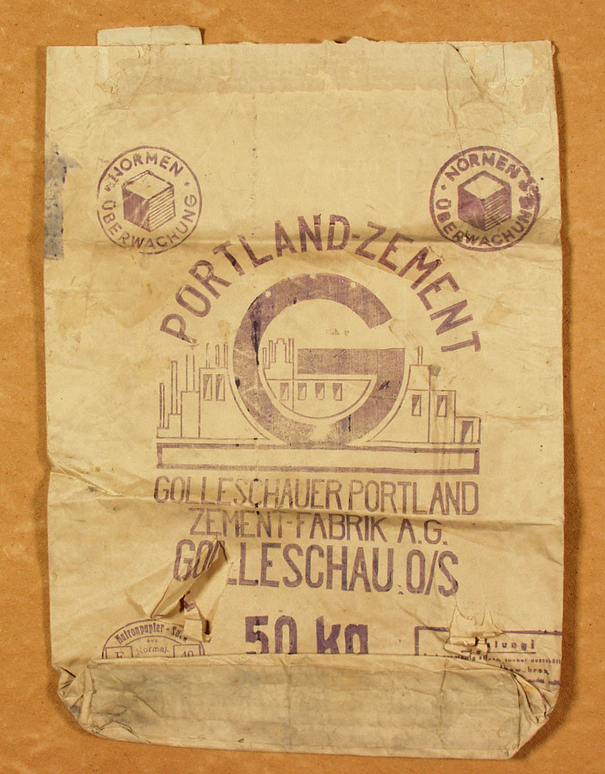 Golleschau cement bag. PMO II 4 640 1