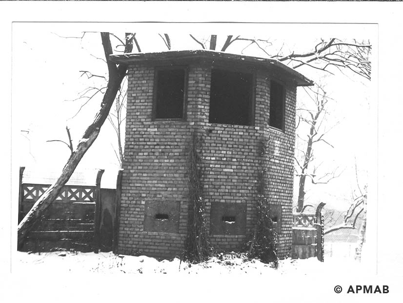 Guard tower. 1969 APMAB 14768