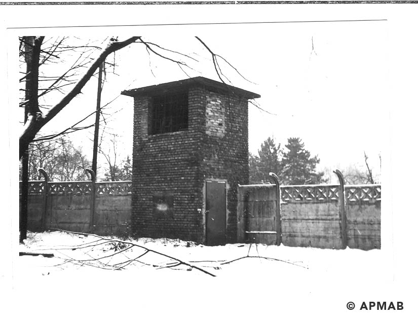 Guard tower. 1969 APMAB 14773