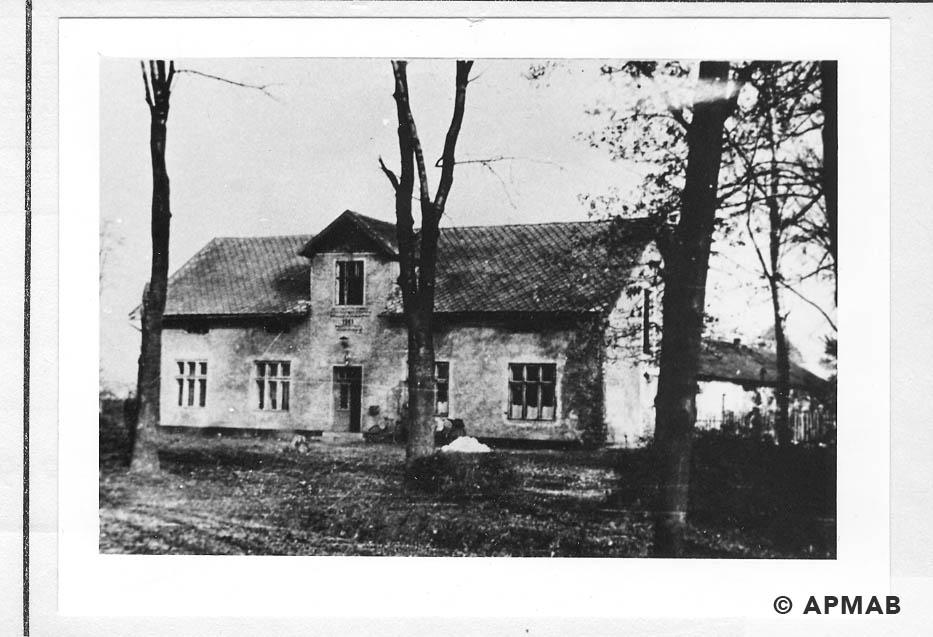 Hatchery building where female prisoners worked. 1965 1966 APMAB 21639 2